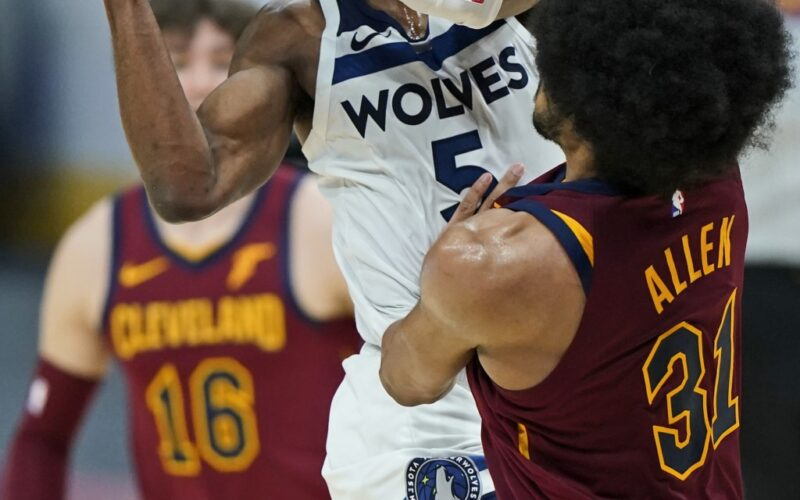 Wolves Split: 8 Thoughts from a Series with the Cavs